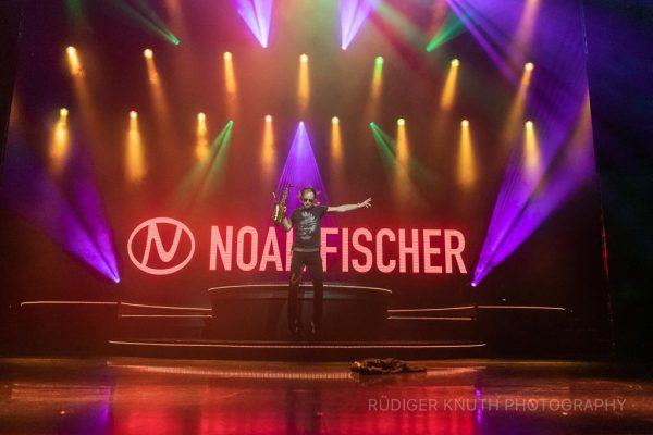 Noah Fischer - Solo-Show - 3 Theater